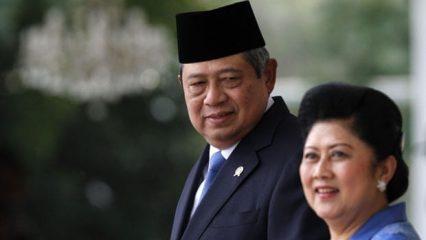 Bapak-Susilo-Yudhoyono-dan-Ibu-Ani-Yudhoyono-Ibu-Negara-keenam-Republik-Indonesia